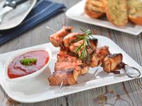 Vyzkoušejte recept na grilované krůtí kousky ve slanině