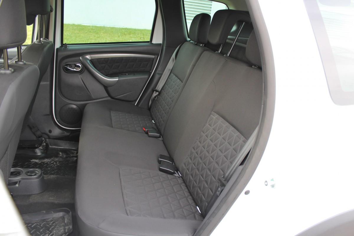 sedadla zadní