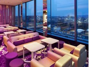 Cloud 9 Sky Bar & Lounge ()