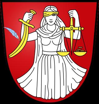 České pojetí spravedlnosti. Obrázek použit a upraven z cs.wikipedia.org upraven quakem