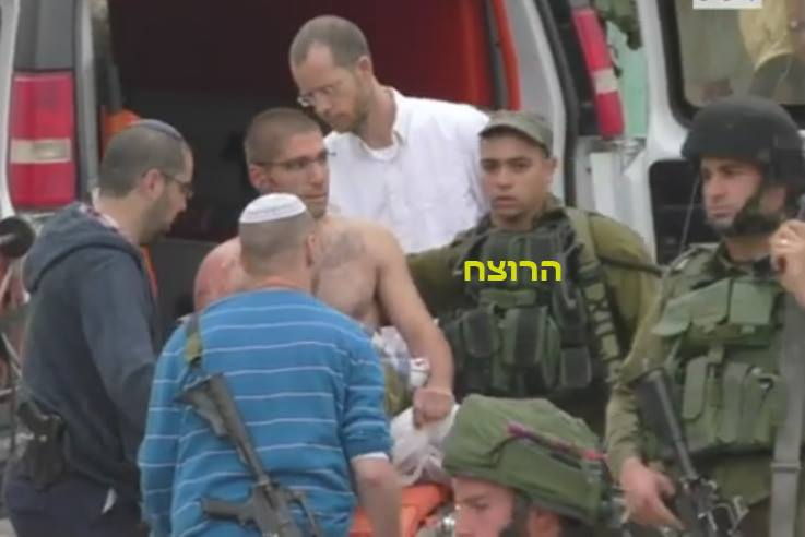 hebron-execution-azarya-tends-idf-soldier