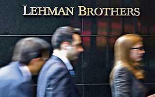 Připravte se na další recesi, může být tvrdá, varuje The Economist
