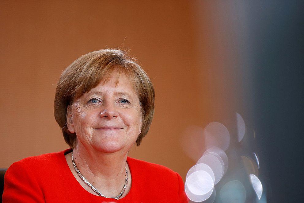 27a3b415b Právě diskusí o tom, co s novou italskou vládou, začíná velký rozhovor v  nedělníku Frankfurter…