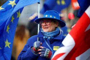 Brexit: Britové se nalokali příliš mnoha omamných klišé
