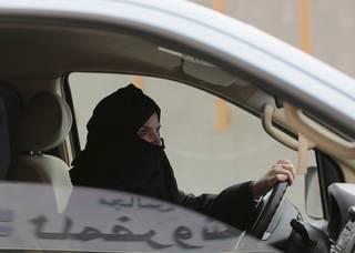Saúdský princ dupnul na reformní brzdu