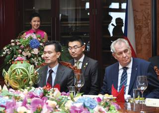 Hrad: Výlet do Číny byl ekonomicky úspěšný