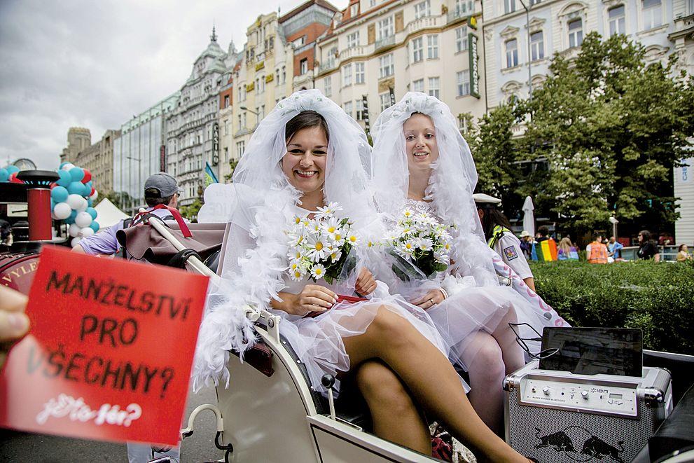 Polemika: Chtěli byste manželství napůl?