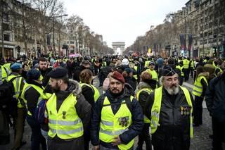 V řadách francouzských žlutých vest slouží bojovníci z Donbasu